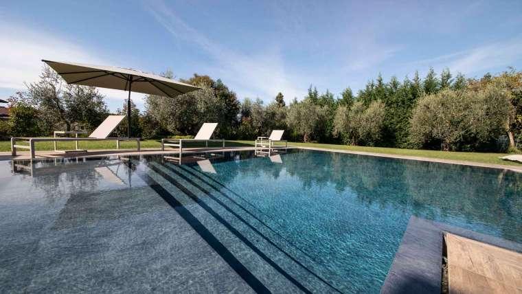 S.A Piscine realizzazione piscine e laghetti